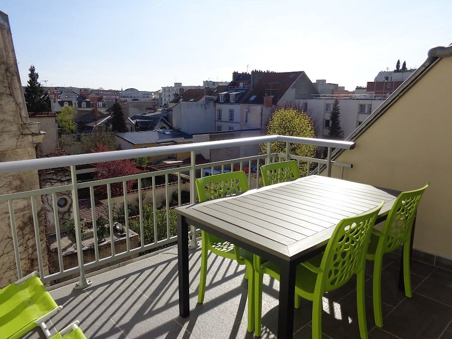 Cath drale parking terrasse appartements louer for Appartement atypique reims