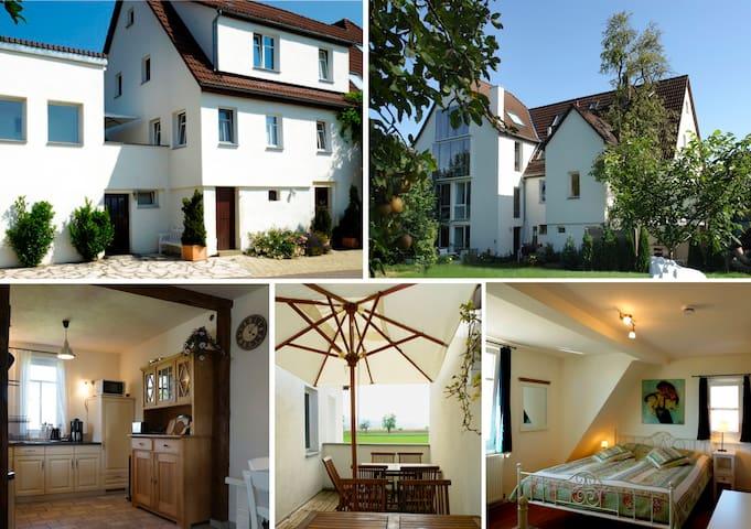 Atelier Wittke ****Ferienwohnung - Kusterdingen - Casa