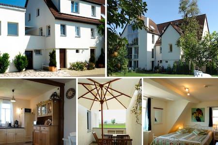 Atelier Wittke ****Ferienwohnung - Kusterdingen - Huis