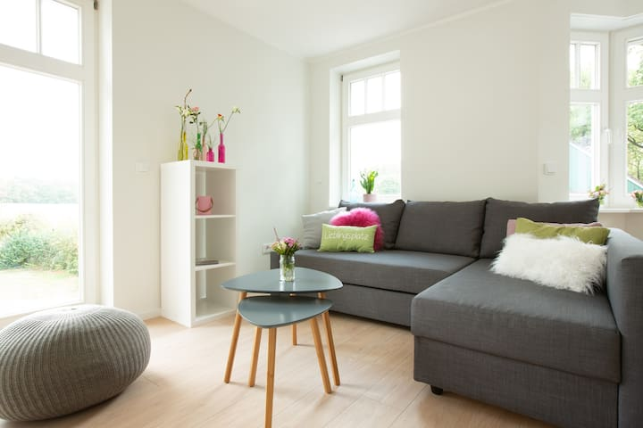 """Komfort- Ferienwohnung """"Wiese"""", mit Balkon"""
