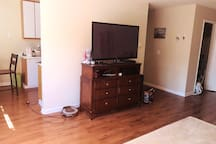 2 bd Condo near downtown and  campus