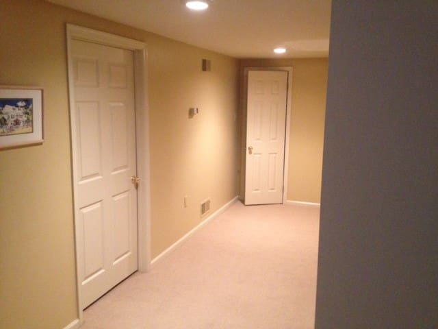 Private Bedroom and Bath - Owings Mills - House