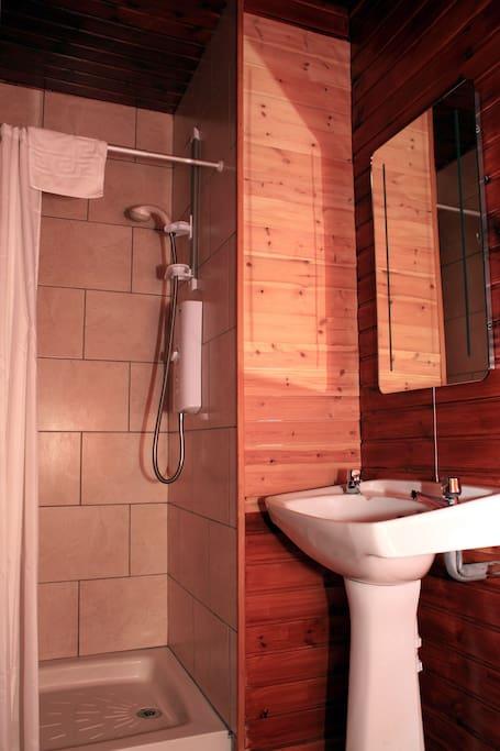 Shower en-suite.
