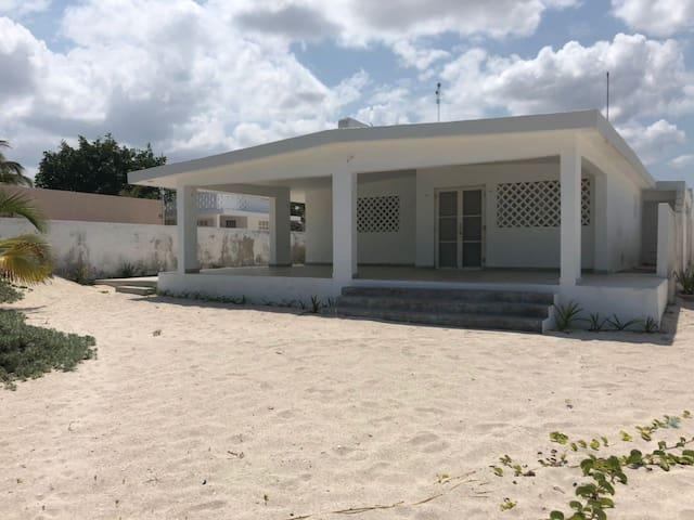 BEACH HOUSE - CHELEM YUCATÁN