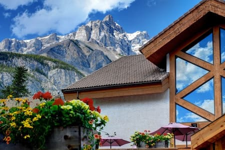 2BR Banff Rocky Mountain Resort - Banff - 公寓