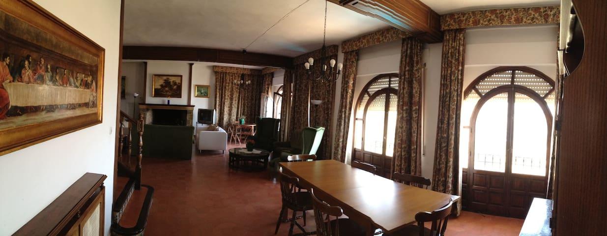 Laguneta32 House