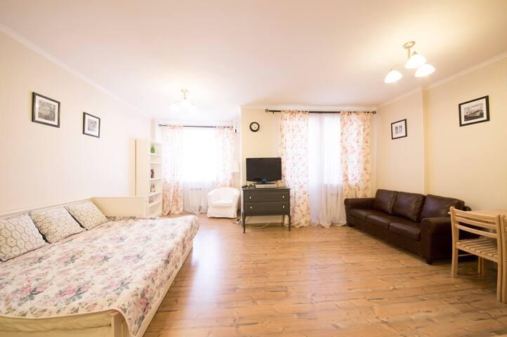 Великолепная студия в новом доме - Rostov-na-Donu - Apartamento