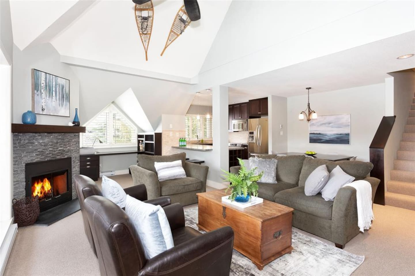 WELCOME to Gleneagle - This bright and spacious home is nestled right on the Fairmont golf course. Split over 3 levels this stylish home is perfect for larger families or groups of friends wanting a luxurious winter escape.