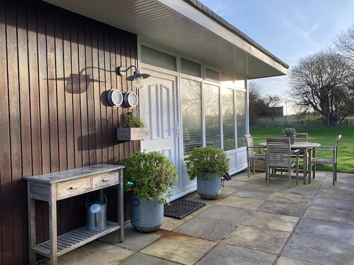 Chalet on Selsey Golf Club, Chichester nr Goodwood
