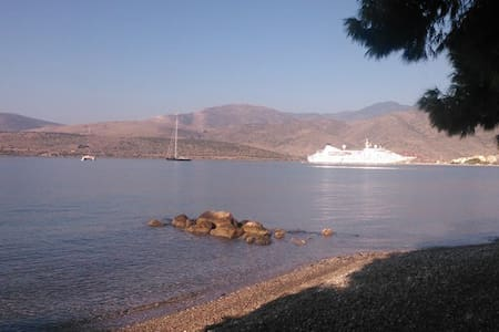 Enjoy Delphi by the sea ! - Itéa - Bed & Breakfast