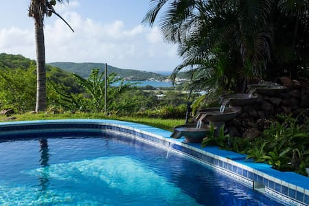 Hilltop Cottage with Swimming Pool - Culebra - Outros