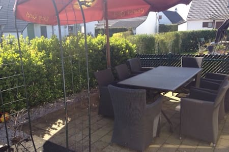 Charming cottage with parking - Nieuwpoort - 小木屋