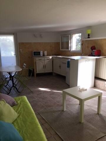 studio 2/3 couchages  accès  piscine - La Valette-du-Var