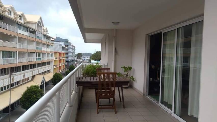 Appartement spacieux. Centre Nouméa. Loc au mois