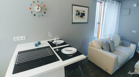 The Puffin studio apartment.     HG 3589