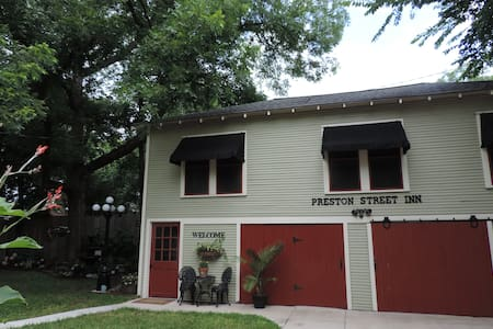 Preston Street Inn - Bed & Breakfast