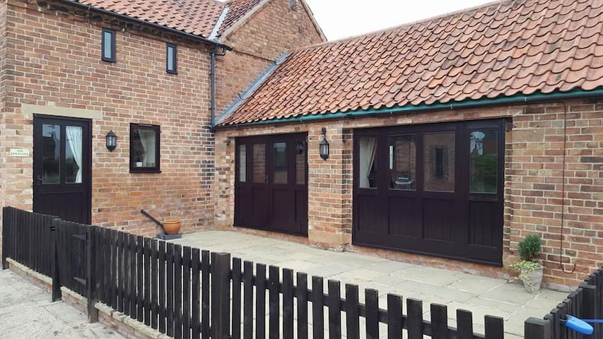 The Dovecote Barn - Fiskerton - Casa