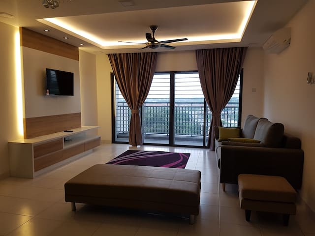 SECTION 13 SHAH ALAM ( METIA RESIDENCE)