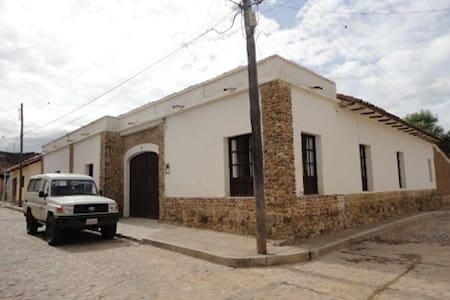Casa de campo cerca de Sucre - Pocoata