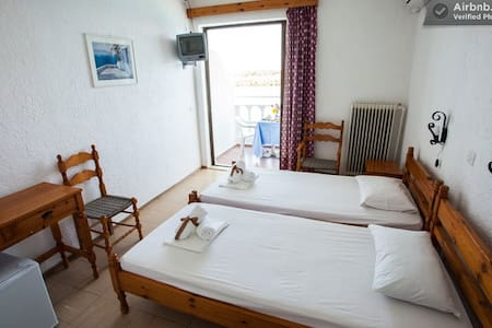 MIRSINI Beautiful Rooms in Crete 4 - Bed & Breakfast