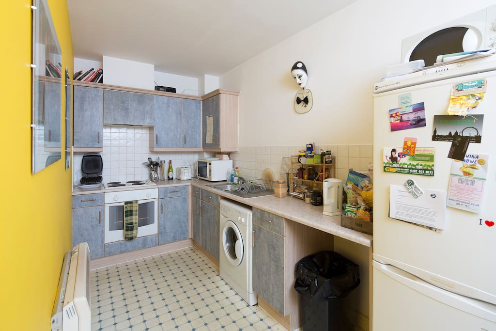 Shared Kitchen-no gas; Electricity on saving plan; water bill included in rent