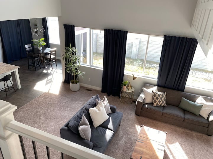 New Open Floorplan Home with Scenic Views