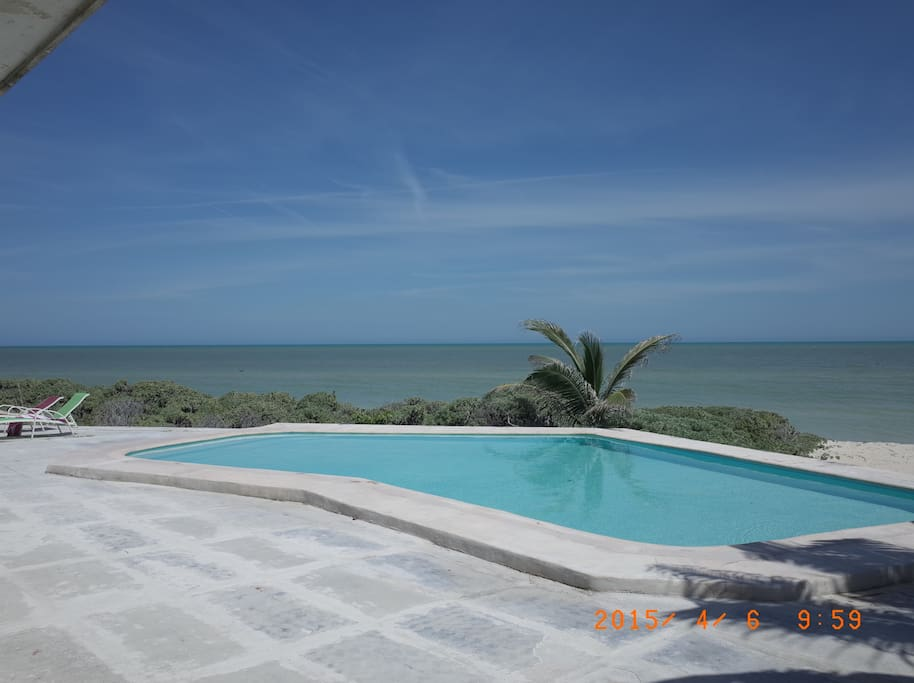 pool and sight from the house to the ocean