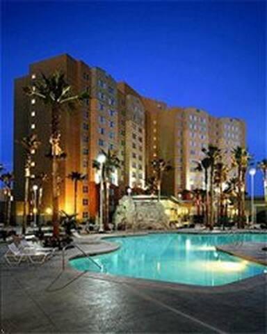 Las Vegas, NV Resort Condos