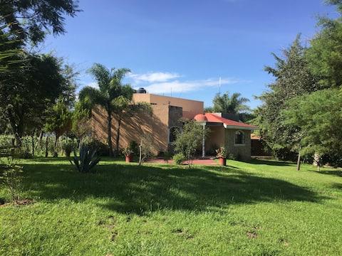 Hermosa casa de campo a 45 min de Guadalajara