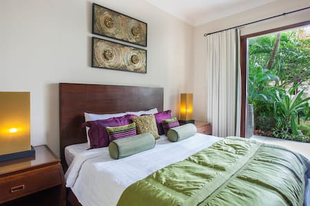 Luxury Boutique Guesthouse-#1 Samui location-KING