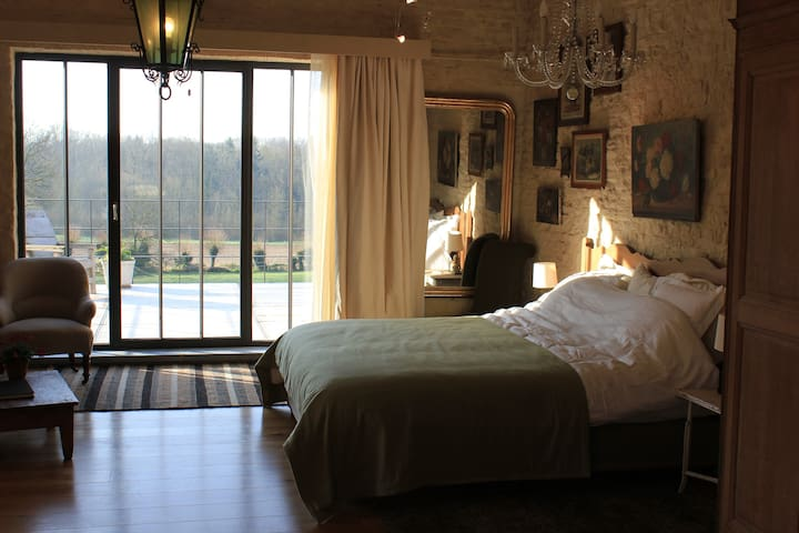 Spacious & refined B&B loft - Gembloux - Bed & Breakfast