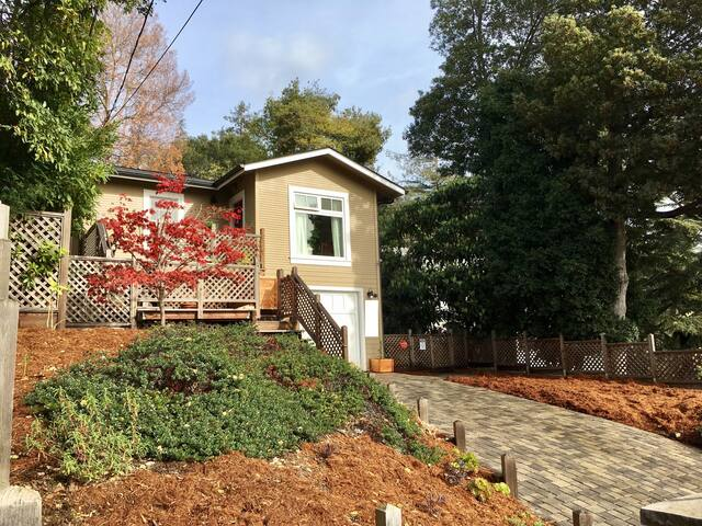 Woodsy Craftsman Studio Retreat - Oakland - Appartamento