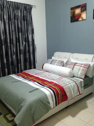 feel at home homestay - Gelang Patah - Apartment