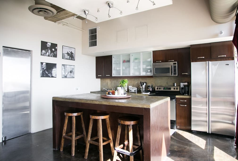 Artist Loft 10th Floor Amazing View Lofts For Rent In