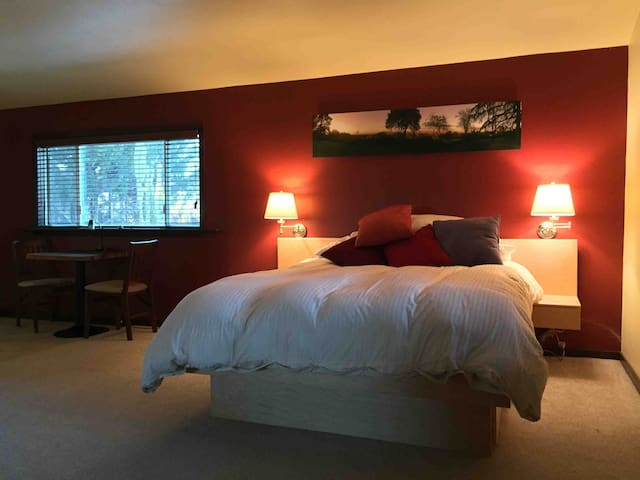 Hilltop Studio In The Wine Country - Cotati