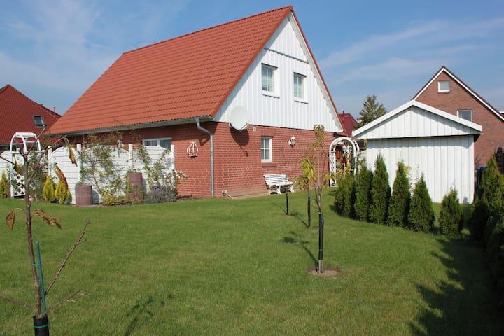 Ferienwohnung St. Jürgen 2 - Lübeck - Appartement