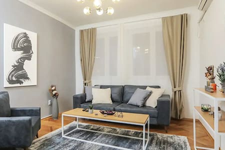 LINA - SKP, Cute Central Apartment in the City Center