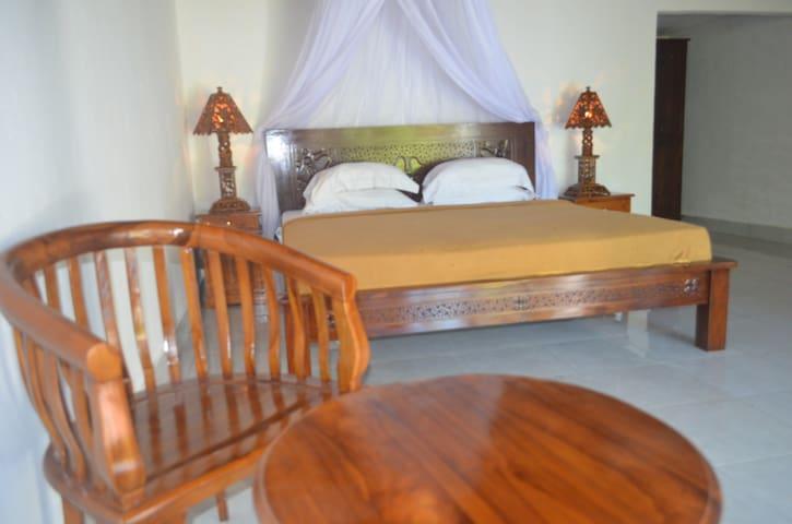 Kayun Bungalow Standard Room - Gili air, North Lombok - Villa