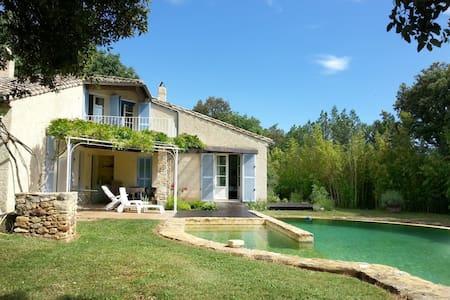 Maison avec piscine près d'Uzès - La Capelle-et-Masmolène