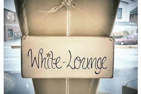 Die White-Lounge vor den Toren HH's - Quickborn - 公寓