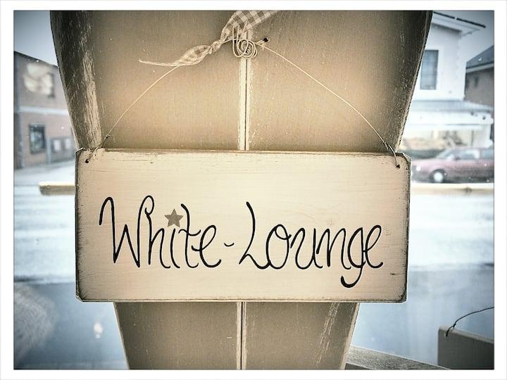 Die White-Lounge vor den Toren HH's