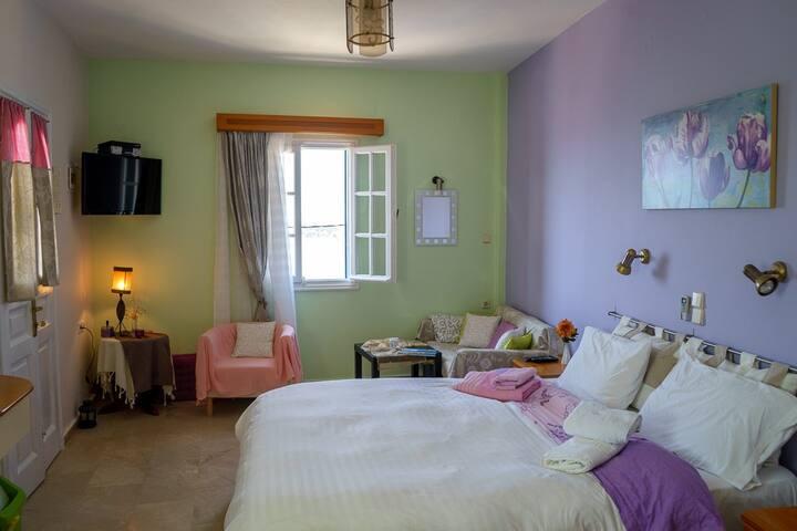 luxury corner honeymoon with seaview/sunsets - Mirties - Apartament