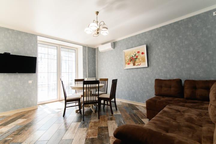 Cetral Located Grigore Vieru 3, quiet apartment