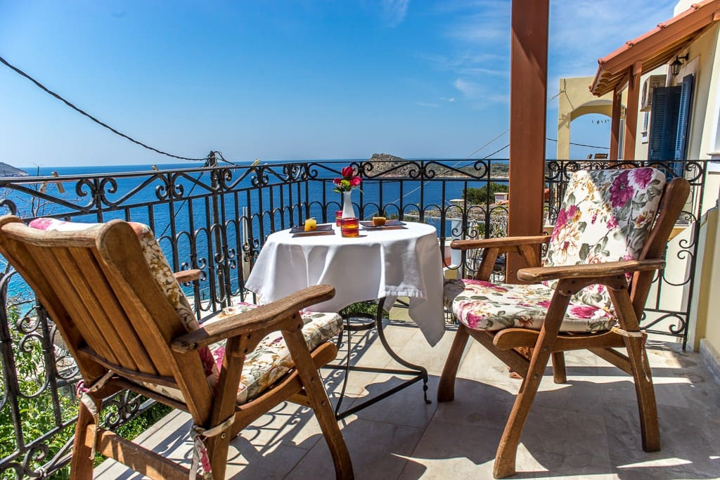 Large balcony/covered of the honeymoon with fantastic seaview and romantic sunsets.