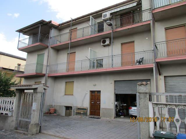 Appartamento al mare completamente arredato - Sellia Marina - Wohnung