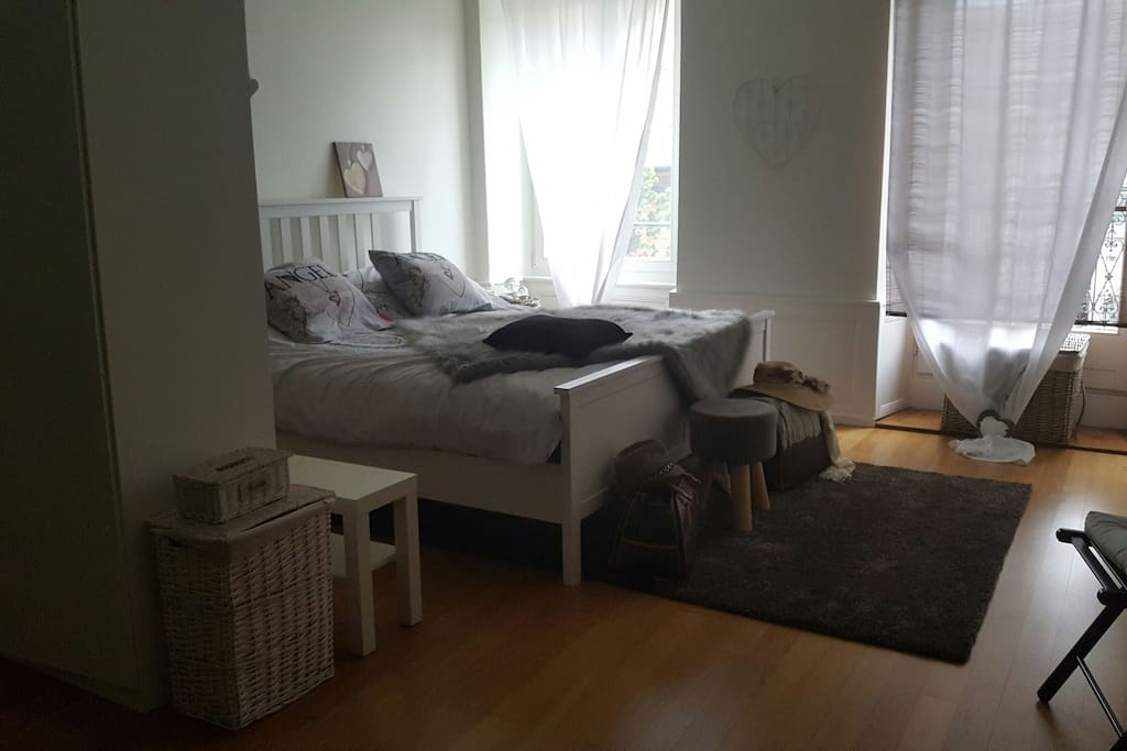 Chambre louer bed breakfasts for rent in essertines for Chambre a louer yverdon