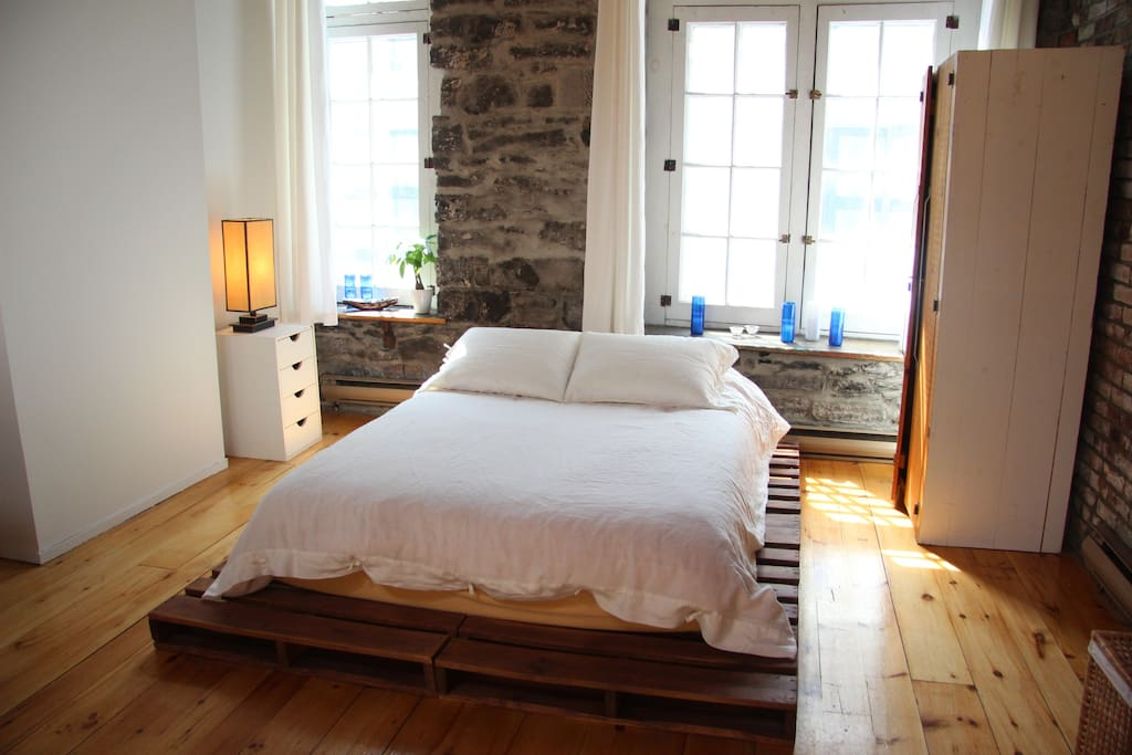 Beautiful Loft In Old Montreal Apartments For Rent In