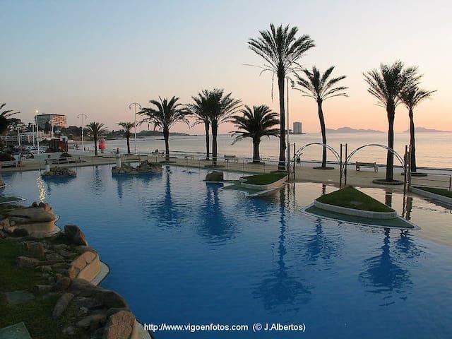 Ático  Samil 55 3 dormitorios enfrente playa samil