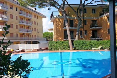Apartment with pool - Eraclea Mare