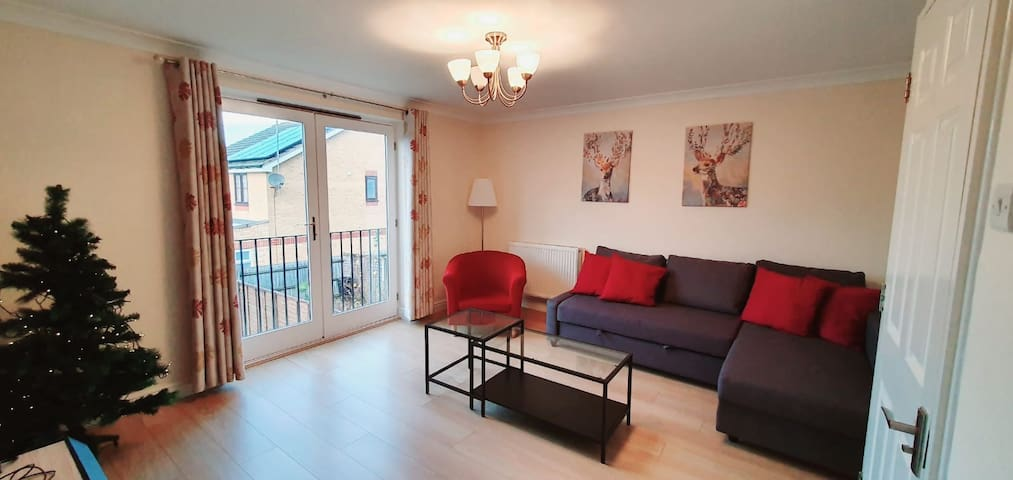 Modern Town House - SW London with Parking